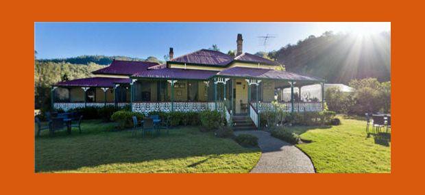 Oreillys-Canungra-Valley-Vineyard-Homestead-Hot-Air-Ballooning-Champagne-Breakfast