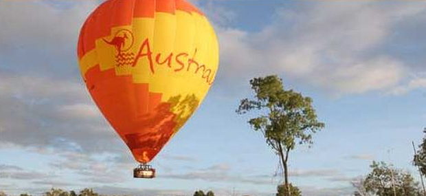 Hot Air Balloon Gold Coast with Barney Creek Luxury Romantic Vineyard Cottages