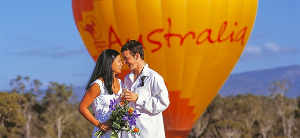 Ballooning with Hot Air Cairns and Port Douglas Wedding
