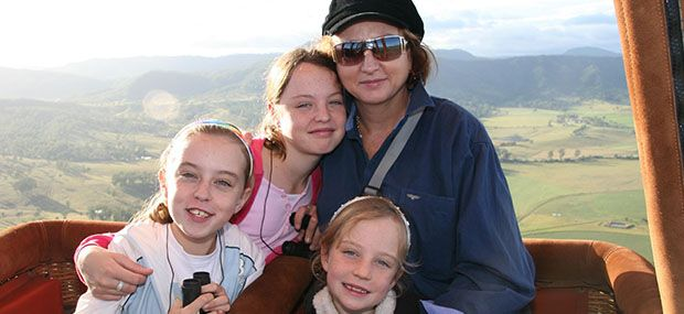 Family-Fun-Hot-Air-Balloons-Brisbane-Gold-Coast