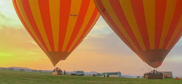 Wedding-Ideas-Tropical-North-Queensland-Hot-Air-Ballooning