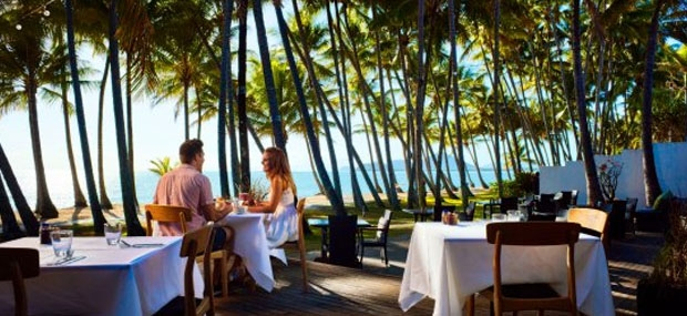 Hot-Air-Cairns-Beachside-Breakfast-Nunus-Palm-Cove