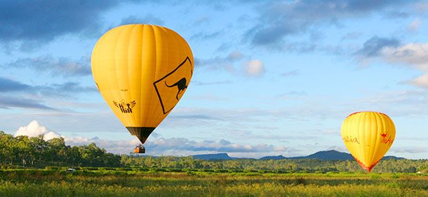 Gold-Caost-Hot-air-Balloon-with-Champagne-Breakfast