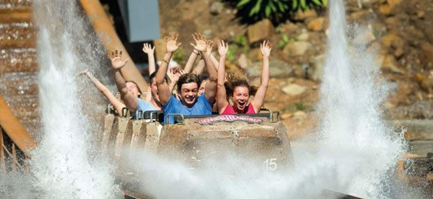 Movieworld-Gold-Coast-Theme-Park-Magic-Mountain