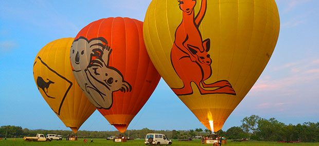 Ballooning-with-Hot-Air-Cairns-Brisbane-weddings