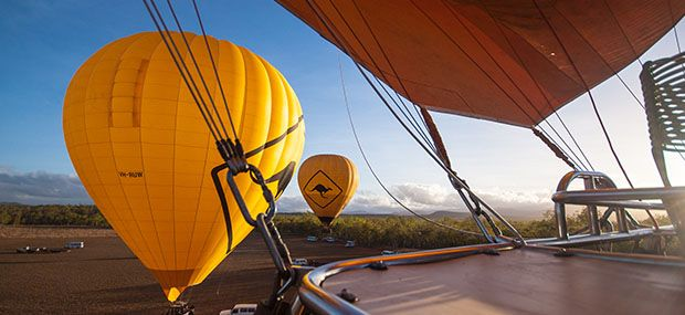 Cairns-Day-Tours-Hot-Air-Balloons