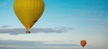 Hot-Air-Balloon-Flight-in-the-Blue-Sky